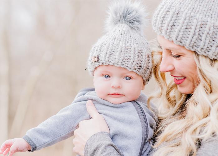 knit baby grey pom pom hat